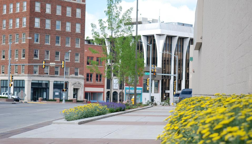 Downtown Broadway Avenue Streetscape :: RDG Planning & Design