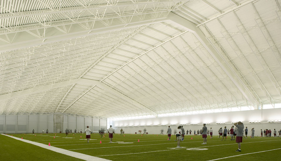 Iowa state university bergstrom indoor training facility for Indoor facility design