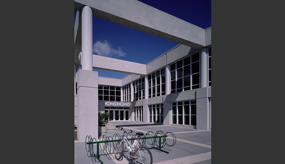 Innovative College Classroom Design ~ University of northern iowa wellness recreation center