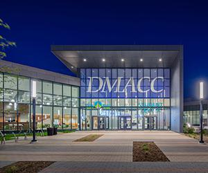 Dmacc Student Activities Center And Trail Point Aquatics Wellness